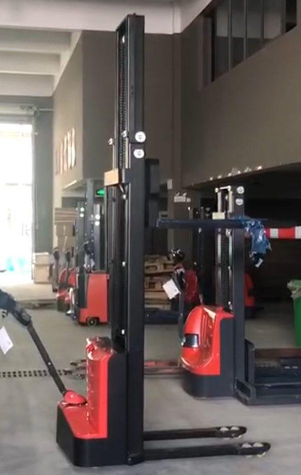 Elektryczny-wozek-podnosnikowy-350-cm-1500-kg-cena